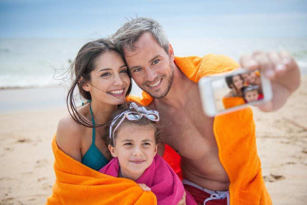 первую очередь прикольные фото семьи на море подобных текстах ставят